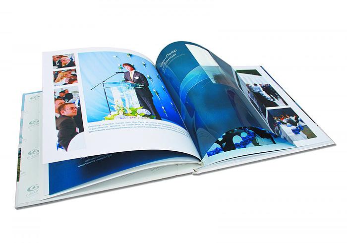 книга с прозрачной пленкой во внутреннем блоке